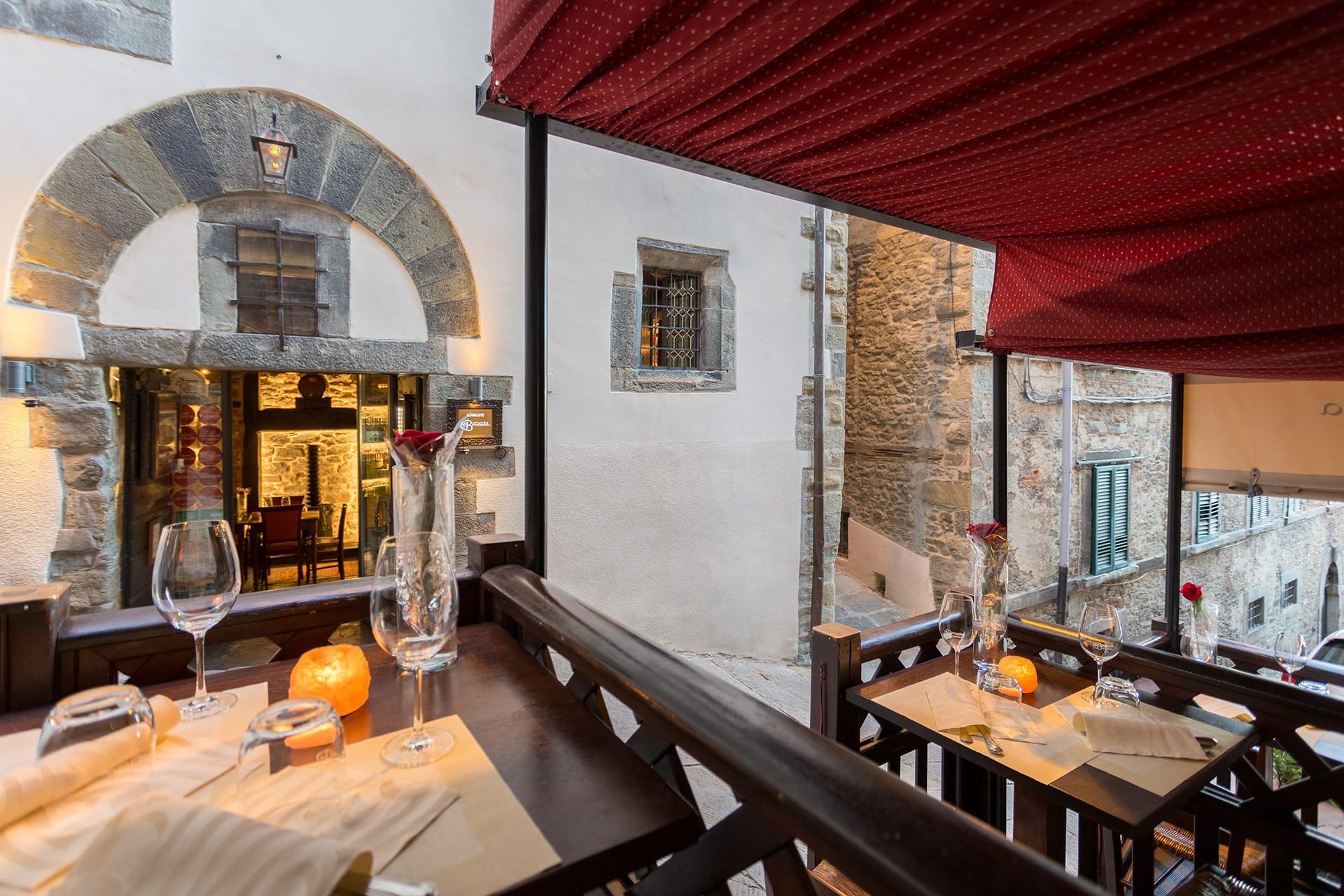 Restaurant in Cortona, La Bucaccia   Restaurant of traditional Tuscan cuisine